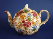 Early Grimwades Royal Winton 'Marguerite' Chintz Elite Teapot c1930